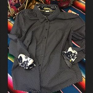 5/$32 Boden Polka Dot Button Down Shirt